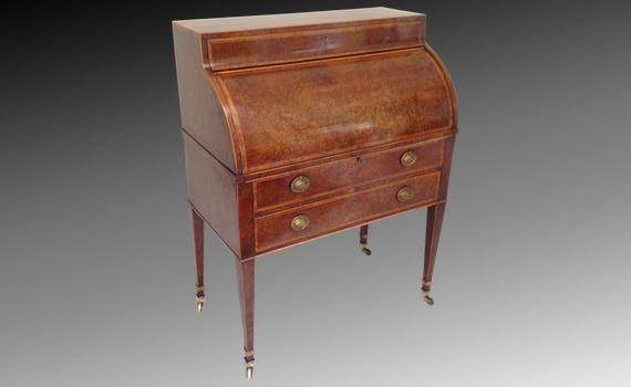 Hepplewhite Period Figured Yew wood Cylinder Bureau