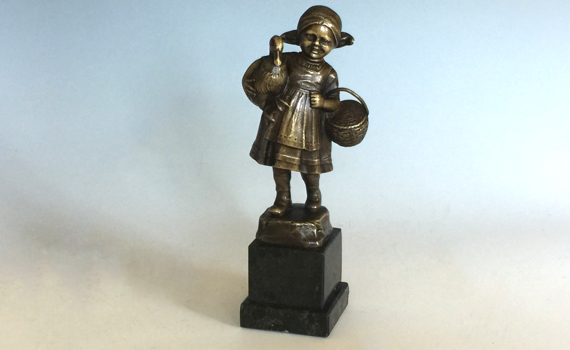 Antique Early 20th Century Bronze 'Goose Girl' by Julius Schmidt Felling